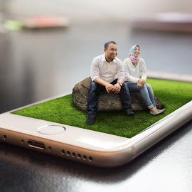 3D Iphone by Muhammad Rizky Sudarnadi - Digital Art People ( indonesia, digital art, digital wedding photography, iphone, photoshop )