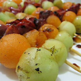Grilled Melon and Prosciutto Skewers