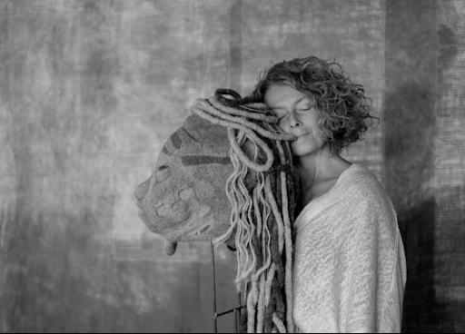 Christine Piel Auto portrait