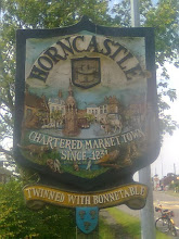 Photo: The detailed hand painted signs are found all over the Wolds for it's towns and villages.  Horncastle - chartered market town since 1231, twinned with Bonnetable (Fr).