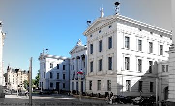 Photo: Staatskanzlei   Kollegiengebäude nach Plänen von Carl Heinrich Wünsch und Gustav Adolph Demmler