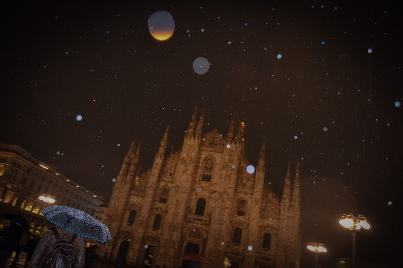 La Pioggia Di Milano sfoca Il Duomo di Didi - Diana Gabrielli