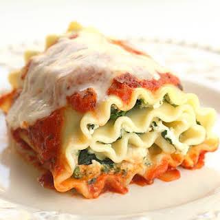 Healthy Spinach Lasagna Rolls.