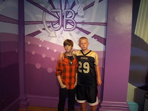 Photo: Jacob and Justin Bieber