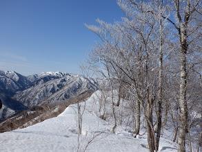 山頂から西のピーク方面