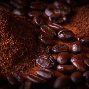Coffee by Gerd Moors - Food & Drink Ingredients ( macro, coffee beans, coffee, brown, rusty, vignette, close up,  )