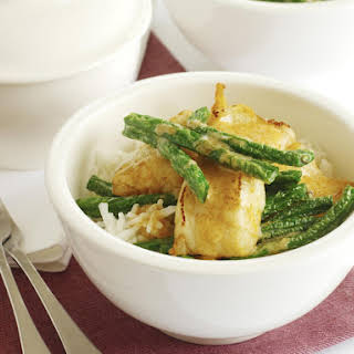 Thai Red Fish Curry with Green Beans.