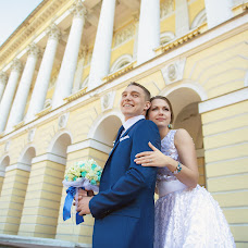Wedding photographer Yuriy Kuzakov (Omchak80). Photo of 24.09.2014