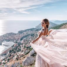 Wedding photographer Yuliya Dobrovolskaya (JDaya). Photo of 22.12.2017