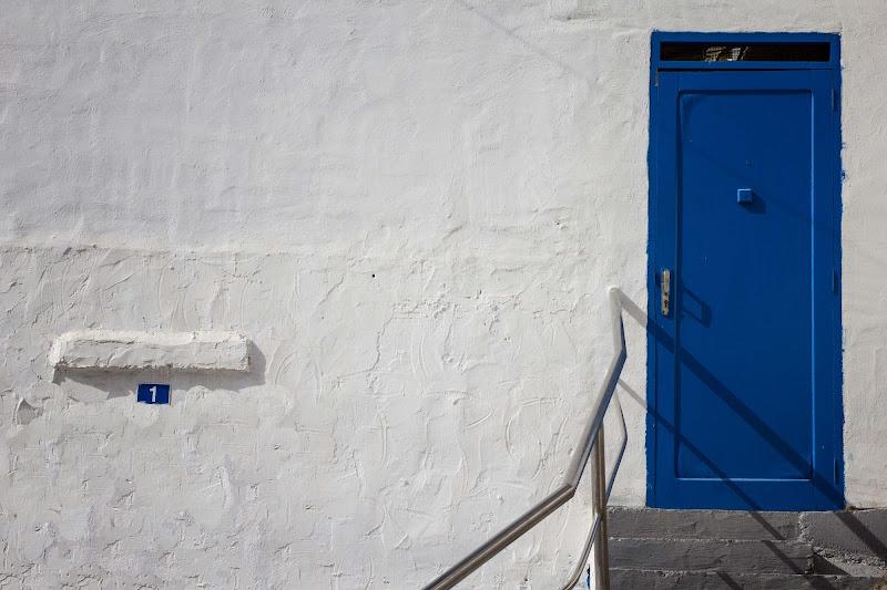 la porta blu di antonioromei