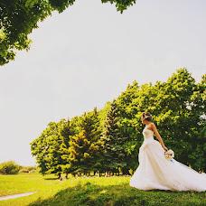 Wedding photographer Diana Dvoryadkina (Diadi). Photo of 22.06.2014