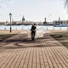 Wedding photographer Vladislav Saverchenko (Saverchenko). Photo of 21.04.2018