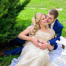 Wedding photographer Anna Mironova (angenale). Photo of 16.12.2014
