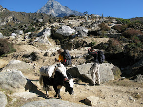Photo: Walking to Thame (day excursion from Namche)