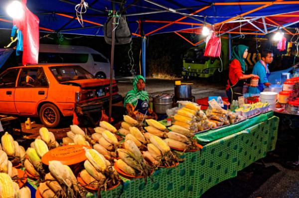 Mercados Noturnos