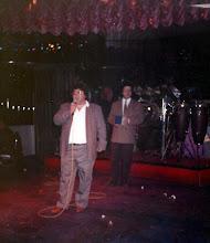 Photo: Χορός ΑΕΚ στην Κοσμοκίνηση, Απρίλιος 1997. Δύο μήνες αργότερα ο Τέλης Δαϊρούσης έφυγε από την ζωή.