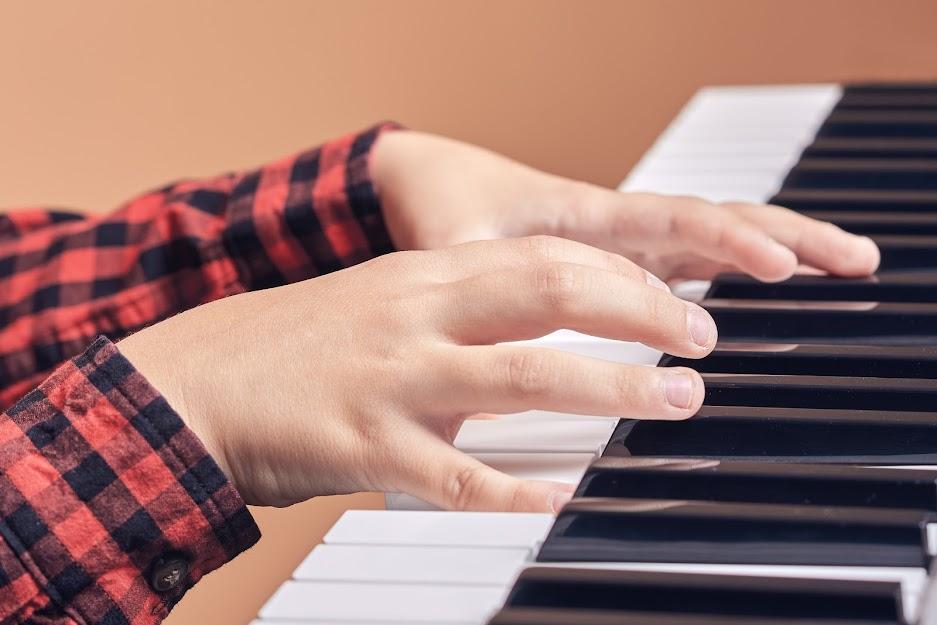Kid's Piano Fingering 101
