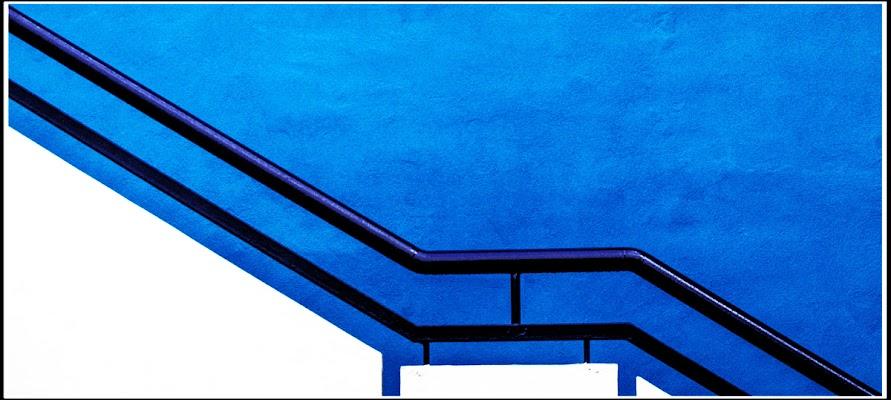 Minimal Blu di Pierluigi Terzoli