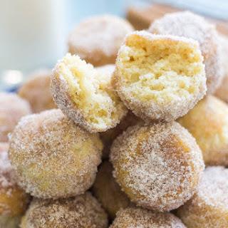 Cinnamon Sugar Eggnog Donut Holes