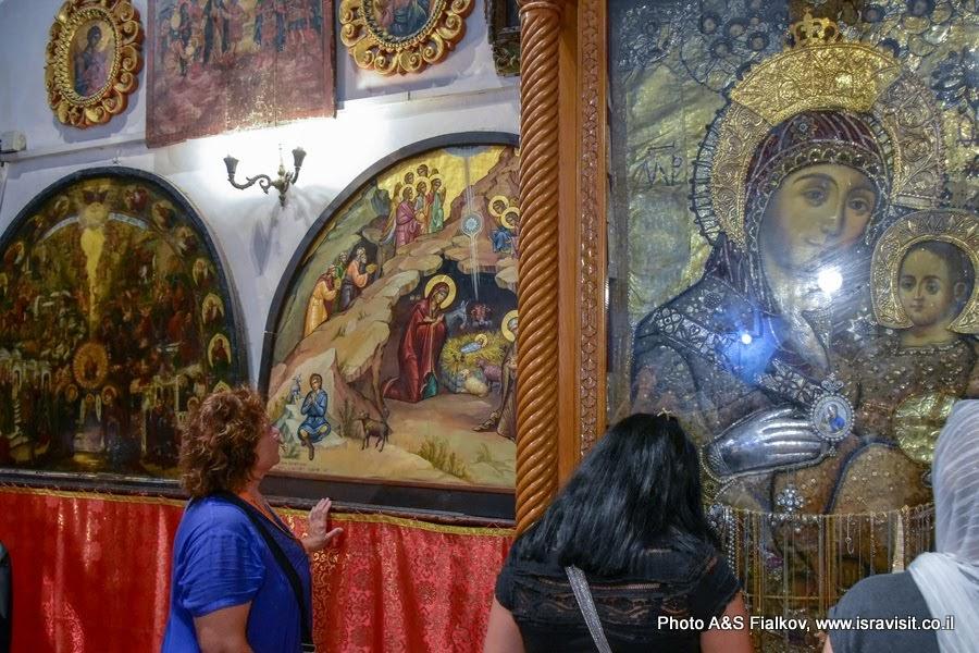 Иконы в Храме Рождества Христова. Экскурсия в Вифлеем.