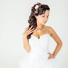Wedding photographer Dina Melnikova (Dinka22). Photo of 23.11.2015