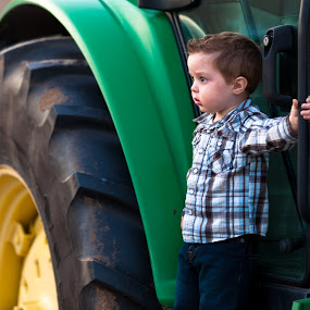 Tractor dreams by Andy Glogower - People Family ( child, trator, family portraits, 2012, boy )