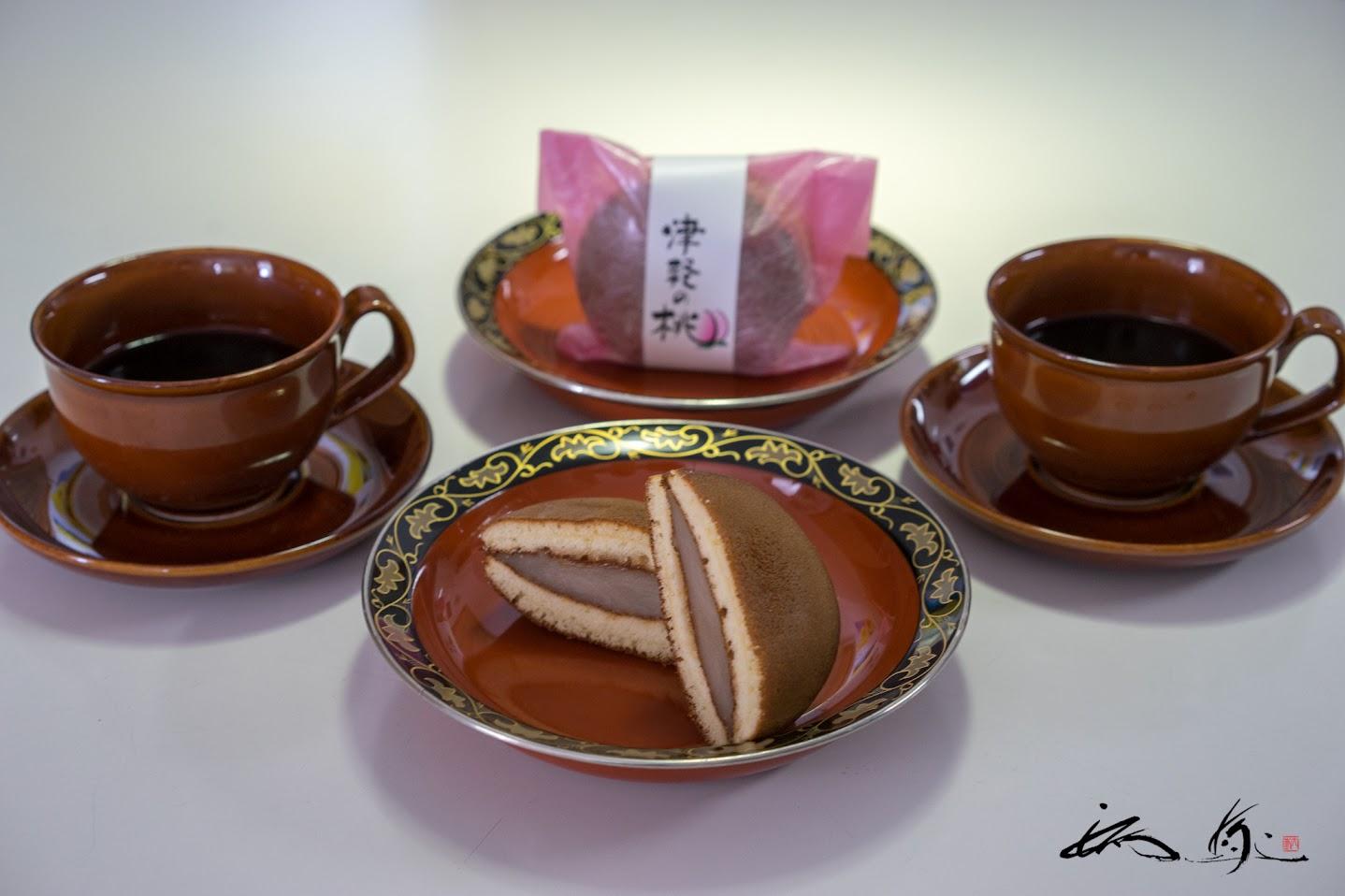 どら焼き「津軽の桃」