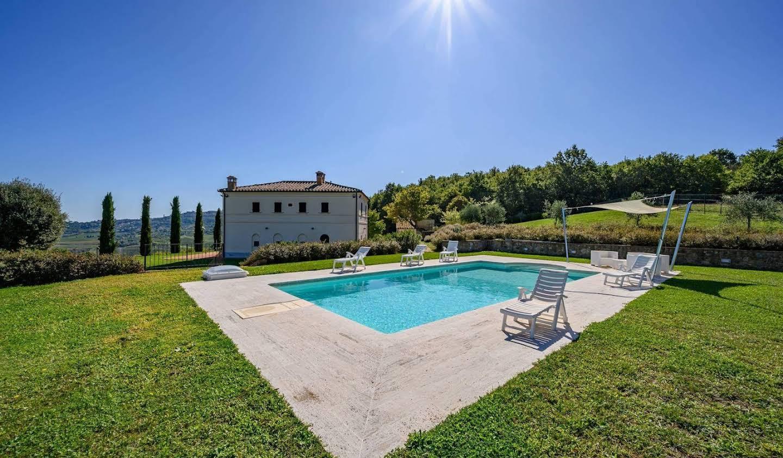 Villa with garden Montepulciano