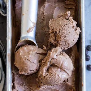 Chocolate Coconut Milk Ice Cream {No-Churn, Paleo, Vegan}.