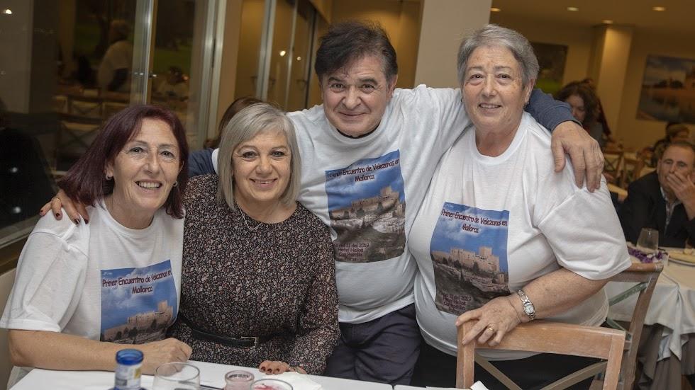 Desde Barcelona y Murcia al encuentro de velezanos.