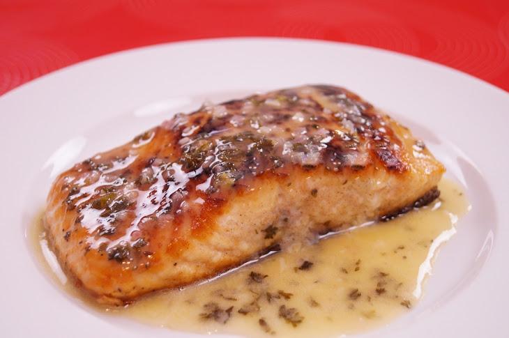 Pan Seared Salmon with Lemon Butter Sauce Recipe