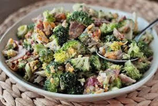 Summer Broccoli Salad Recipe
