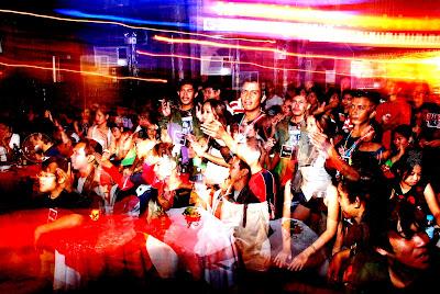 DSC_0865 - Field of Screams 1 rocks Martin's Bar (link) - Tagbilaran City - Bohol
