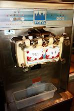 Photo: 冰淇淋機