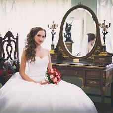 Wedding photographer Nadezhda Serkova (NadezhdaP). Photo of 22.10.2015