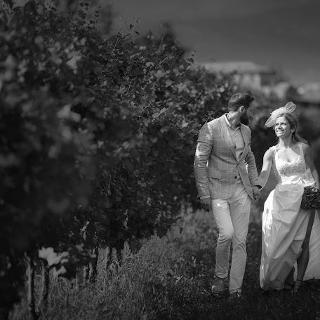 Wedding photographer Mihai adrian Maruntelu (Andryphoto). Photo of 23.10.2017
