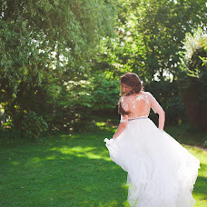 Wedding photographer Valentina Pakosh (PakoshValentina). Photo of 27.07.2016