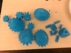 Photo: Heart parts! The gears look great, slic3r did something very wrong with the pins and core.