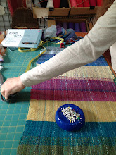 Photo: classes i give for support in cutting and sewing your saori woven cloth into clothing