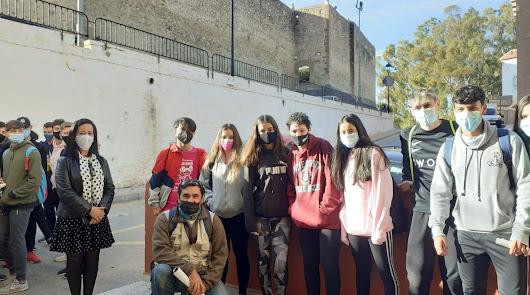 Los jóvenes del IES Jaroso se van de ruta para valorar su entorno medioambiental