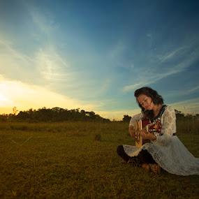 Alunan rindu by Rifa PhotoArt - Novices Only Portraits & People