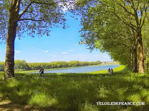 Photo: La Pièce d'Eau des Suisses à Versailles - e-guide balade à vélo dans Versailles et son parc par veloiledefrance.com