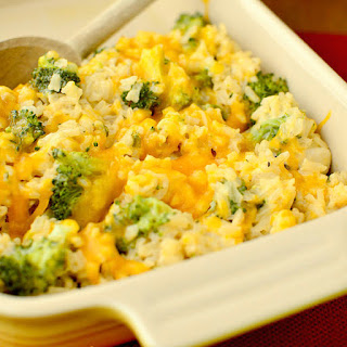 Skinny Cheesy Chicken and Broccoli-Rice Casserole Recipe