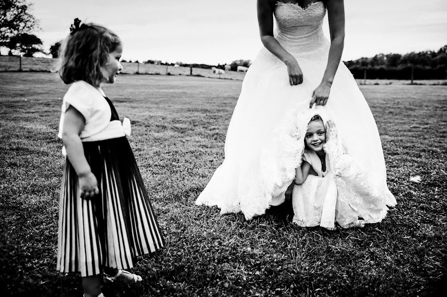 Wedding photographer Julien Laurent-Georges (photocamex). Photo of 19.02.2019