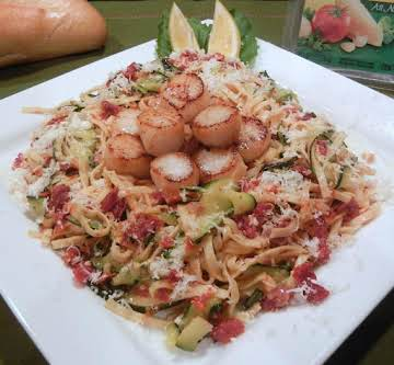Scallops with Zucchini &Sun-dried Tomato Linguine