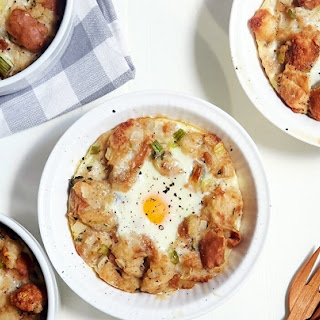 Eggs Baked with Stuffing.