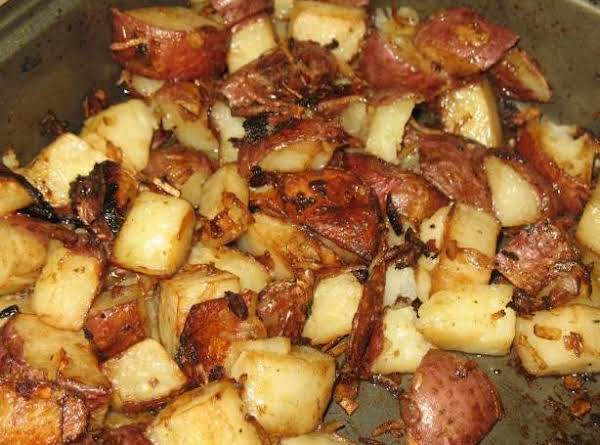 Easiest Onion Roasted Potatoes Recipe