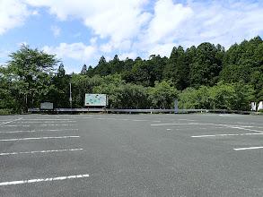 田峯観音の広い駐車場