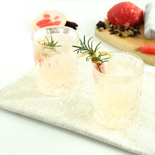 Spiced Grapefruit Gin and Tonic