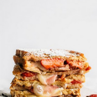 Strawberry Brie Grilled Cheese Sandwich